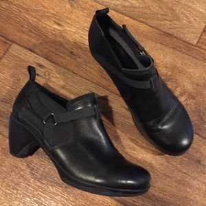 Merrelll Evera Rush Ankle Booties 9 Black